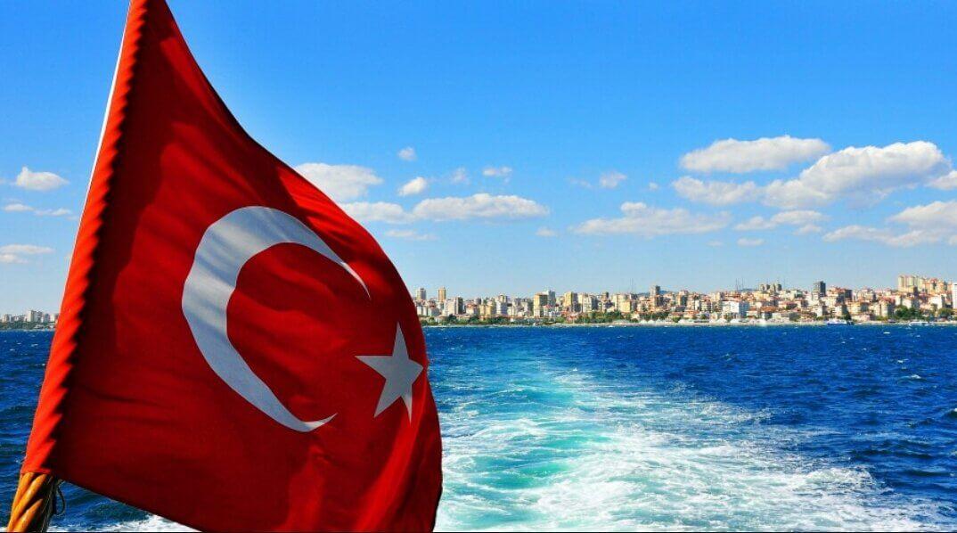 Турция отменила ПЦР-тесты для украинцев