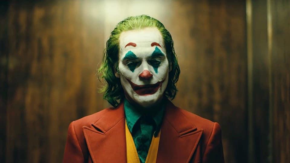 Голлівудські фільми правильно нас вчать, що найстрашніші персонажі ховаються саме за масками клоунів – Юрій Луценко