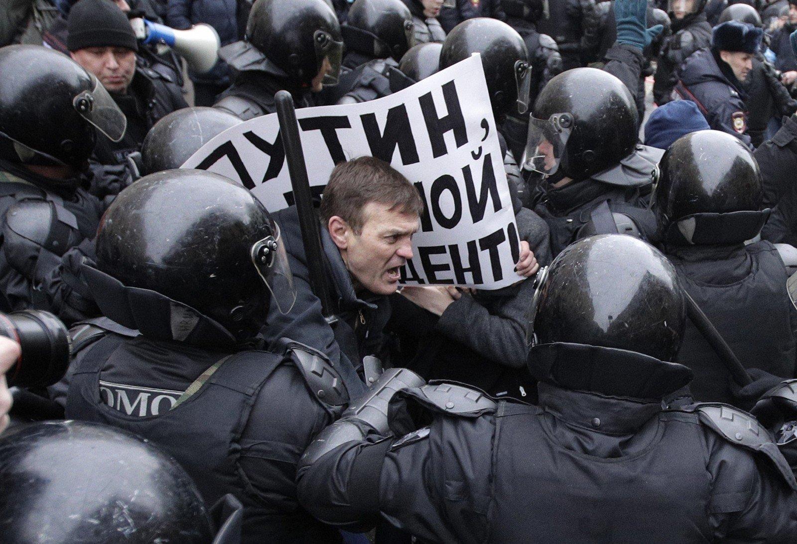 """Стомахмн: Запретительные тоталитарные законы существуют только благодаря """"силовикам"""" – и падают только вместе с ними"""