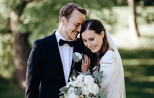 Экс-футболист женился на премьер-министре Финляндии Санне Марин