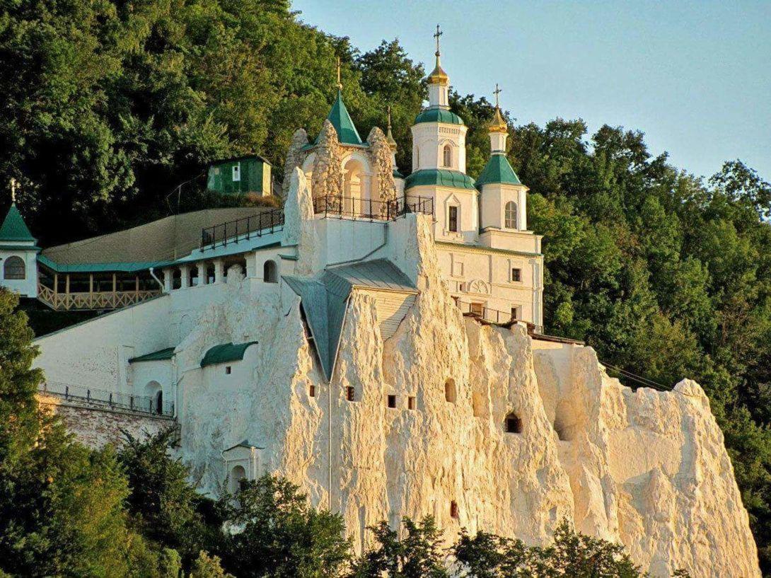 Українські лаври можуть віддати в управління патріарху РПЦ Кирилу