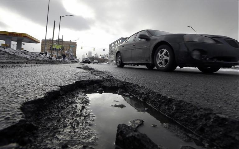 В 70% випадків виграють водії в судах проти Укравтодору: як отримати компенсацію