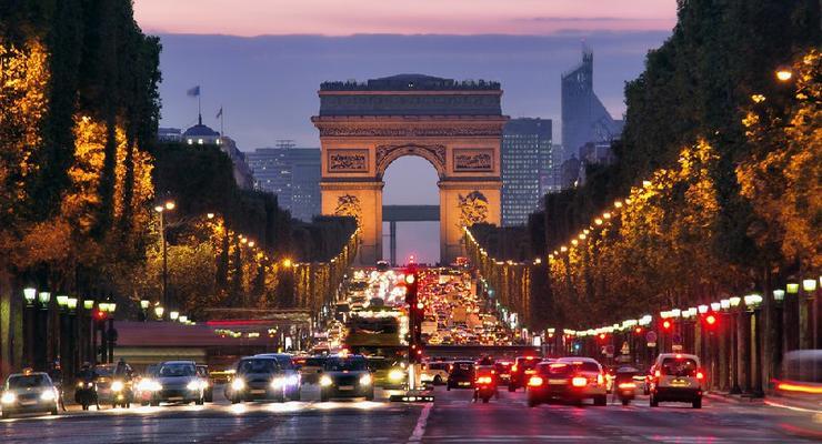 В Париже ограничили скорость до 30км/ч