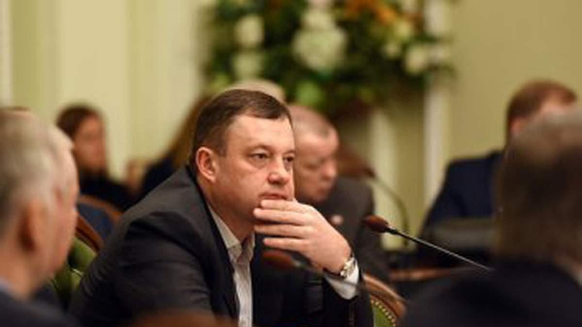 """Родинна компанія"""" нардепа Дубневича володіла 200 кг золота, яке не  потрапило під арешт Антикорсуду. ВІДЕО"""
