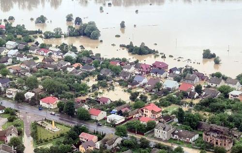 Угорщина допоможе в ліквідації наслідків паводка на заході України