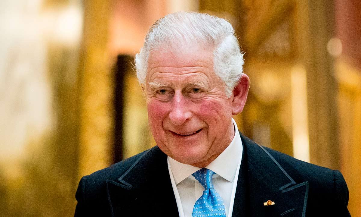 Принц Чарльз запускає власну модну колекцію