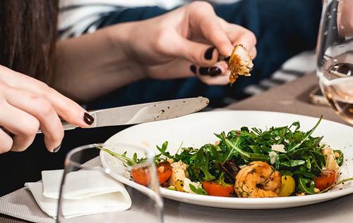 Пять ежедневных пищевых привычек, которые могут стать причиной преждевременной смерти