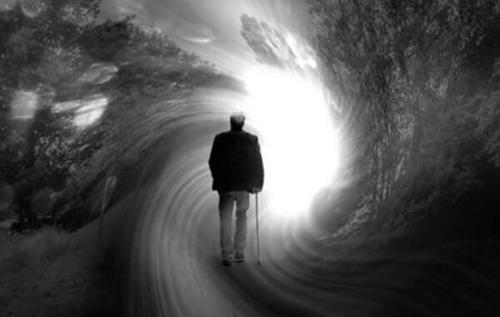 Вчений шокував відкриттям про смерть: вмирання починається за два тижні до останнього подиху
