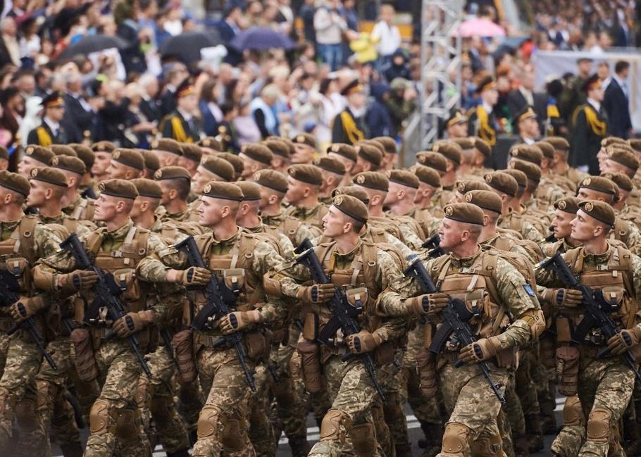 Киев военный парад