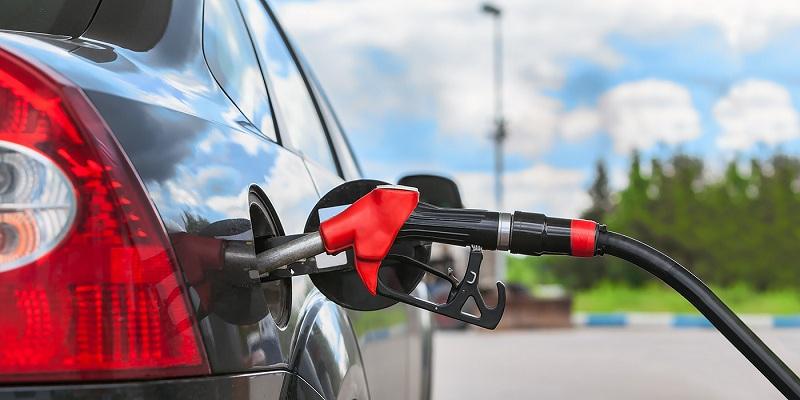 Україна вперше за чотири роки відновила імпорт російського бензину