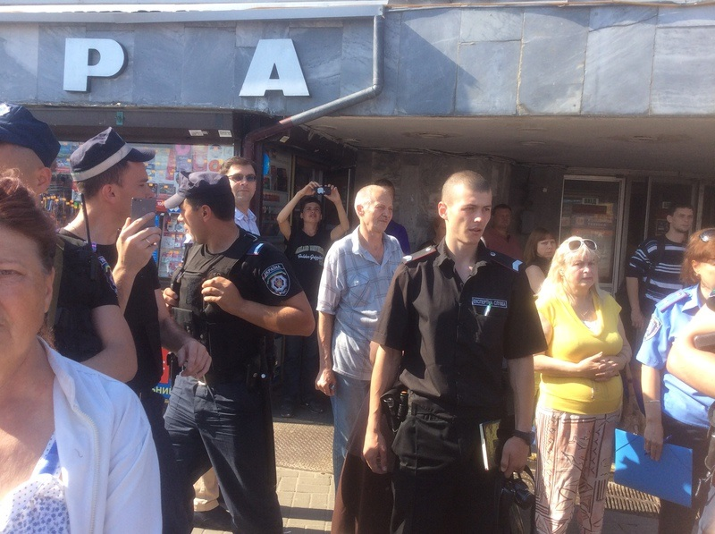 Французские студенты передали два автомобиля скорой помощи для больниц на Донбассе - Цензор.НЕТ 1293