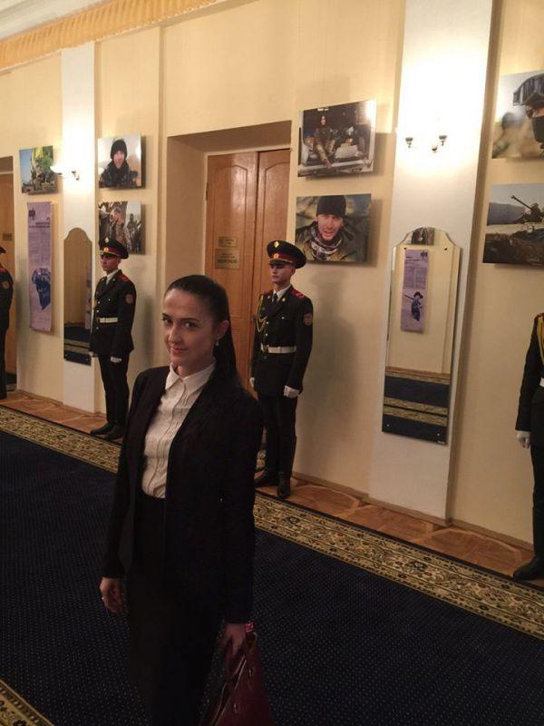 У волонтера Яны Зинкевич положительная динамика, она уже самостоятельно дышит, - главврач - Цензор.НЕТ 4075
