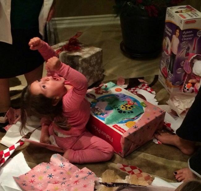 Смешные фото с подарками 148