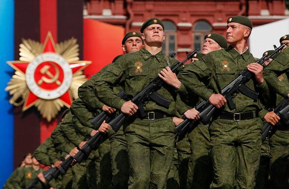 """День Победы в """"паралельном"""" мире"""