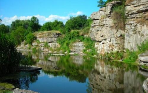 ТОП-10 живописних місць України для літнього відпочинку