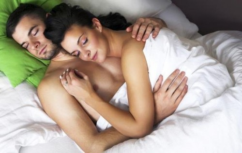 Ученые доказали, что оргазм применяется для управления друг другом
