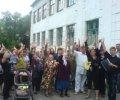 В Макеевке защищали ненавистную властям украиноязычную школу. ФОТО