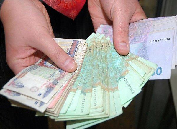 Попов візьме в «заручники» бюджетників, відбере гроші у пенсіонерів та сиріт