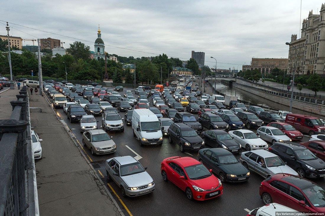 Минобороны отказалось воевать на машинах россиян