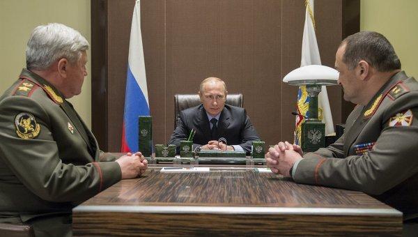 Путін раптово і таємно звільнив 18 силовиків вищого рангу