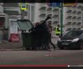 Блогер разоблачил фейковый ролик, на котором якобы Макаревича бросают в мусорный бак. ВИДЕО