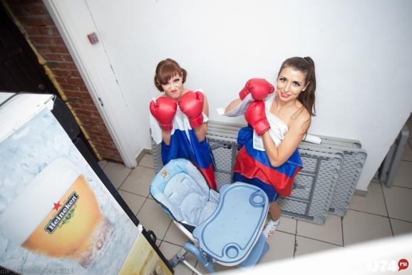 Фото юні дівчатка оголені та в трусиках фото 459-191