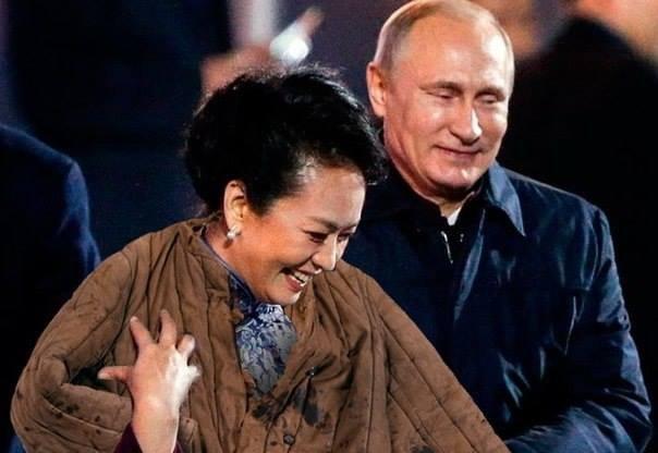 """Путин взял """"тактическую паузу"""" в конфликте с Украиной, после которой возможно наступление, - экс-советник президента России - Цензор.НЕТ 131"""