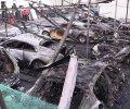 Восемь элитных иномарок сгорело в центре Москвы. ВИДЕО 18+