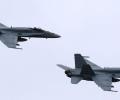 Если бы предложение о поставках в Украину истребителей F-18 поступило,  его не стоило бы принимать - мнение