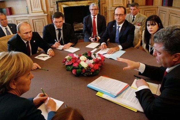 Меркель и Олланд пожертвовали Украиной ради экономических интересов своих стран, - вице-президент Европарламента Чарнецкий - Цензор.НЕТ 205